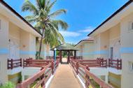 vista-exterior-pasillo-entrada-apartamentos-mar-azul-01-p