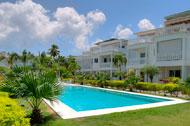 vista-exterior-piscina-fenice-02-p